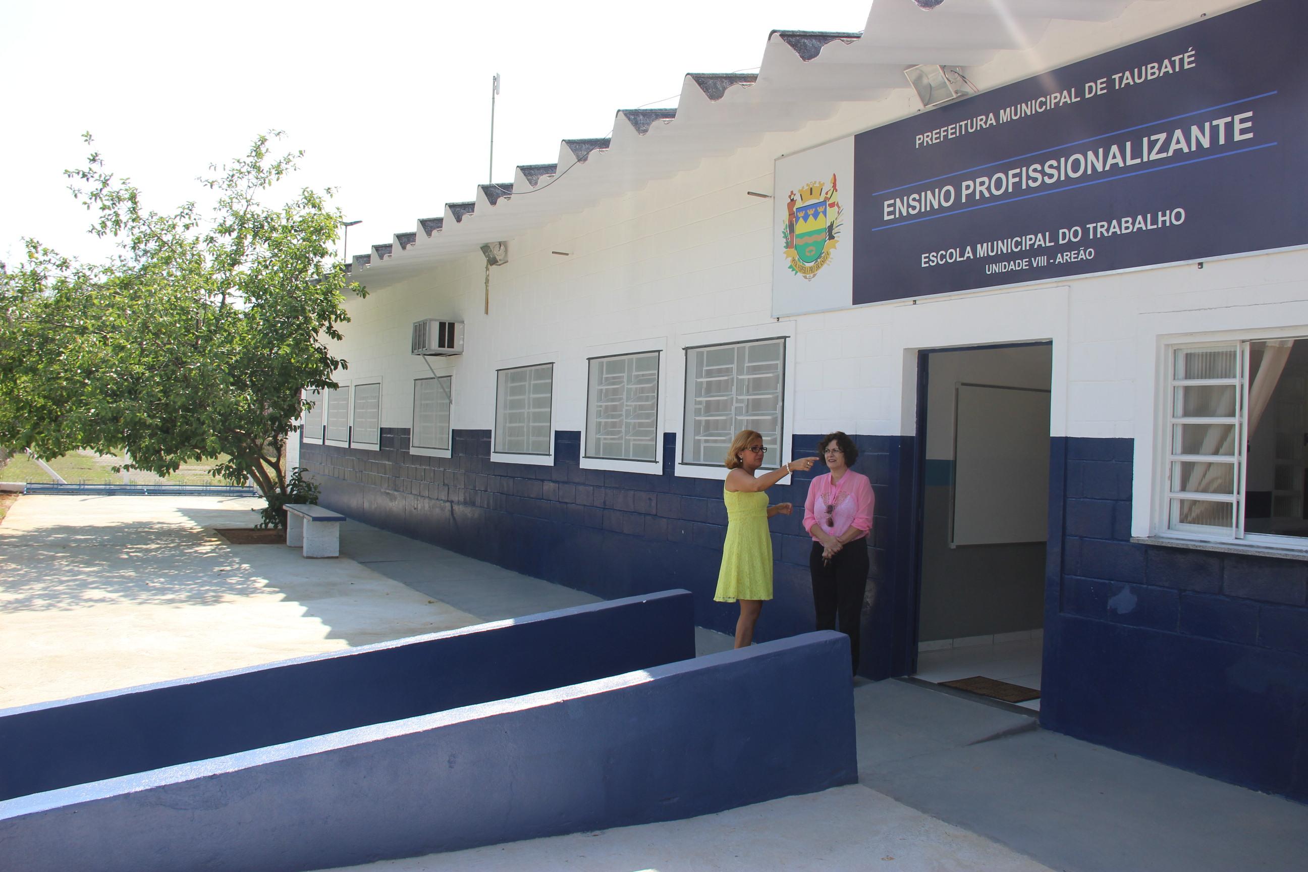 Escola do Trabalho do Areão retoma atividades e abre inscrições