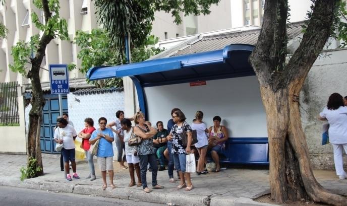 """Programa """"Adote um ponto de ônibus"""" em Taubaté é sancionado"""