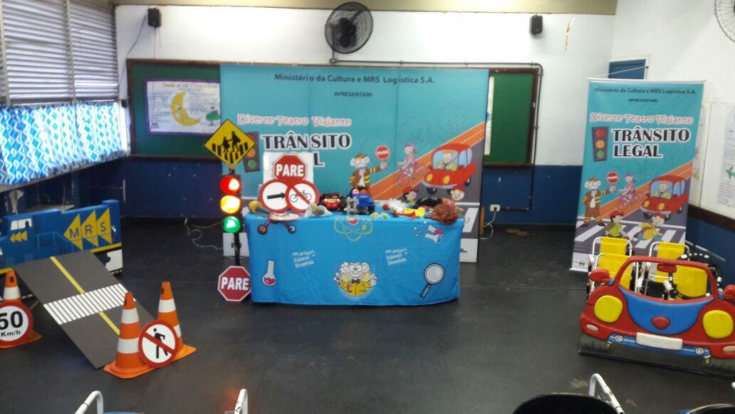Peça gratuita sobre trânsito seguro se apresenta em Taubaté