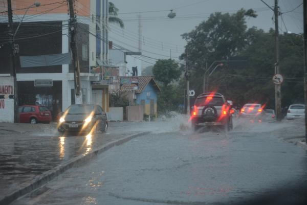 Chuvas de verão: redobre os cuidados com enchentes e inundações