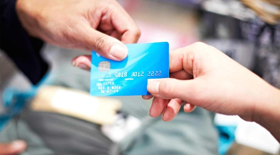 Sincovat é contra à proposta do setor de cartões de crédito que prevê o fim dos parcelamentos sem juros