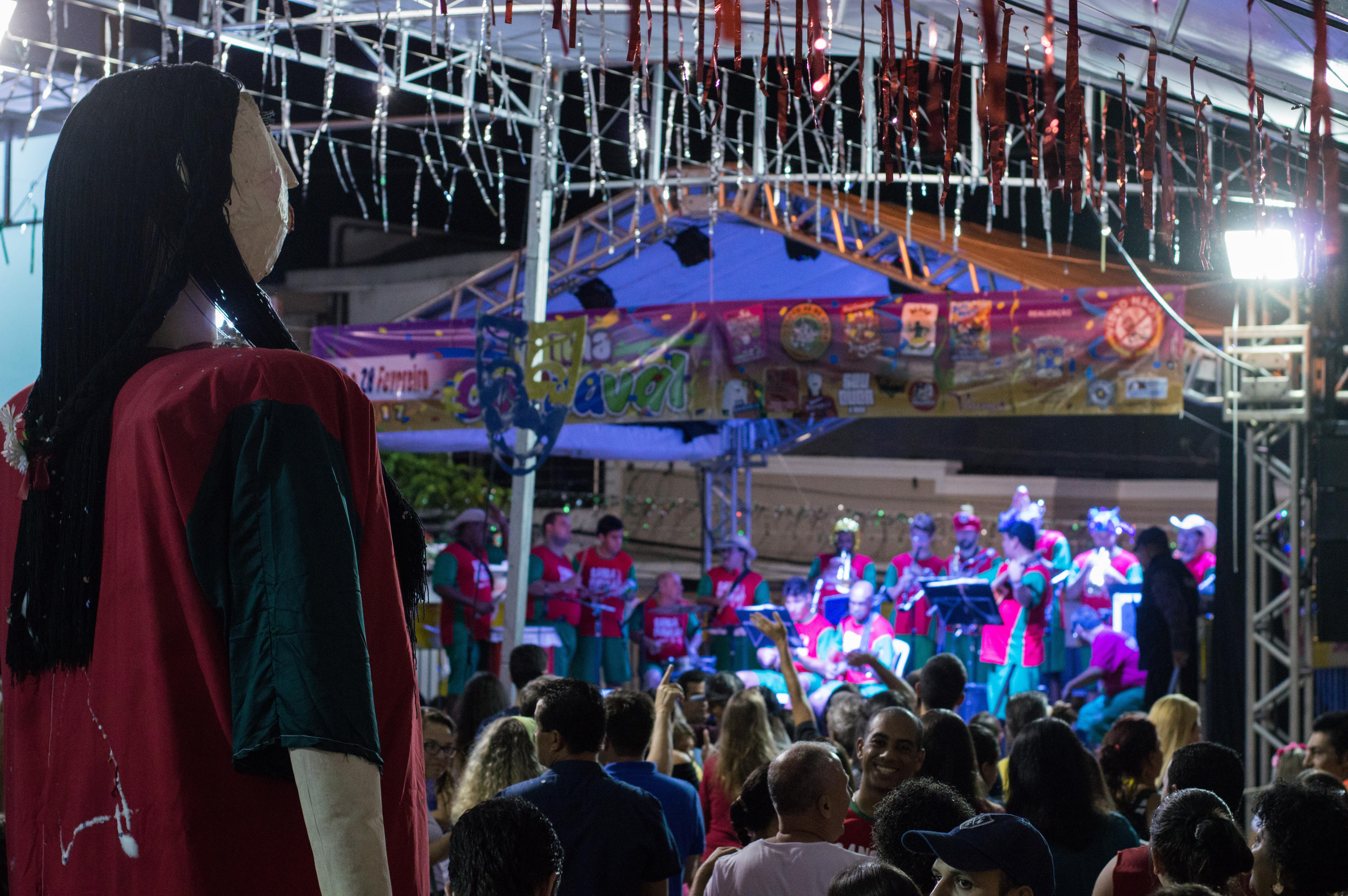 Tradicional carnaval de rua de Cunha é garantia de muita folia